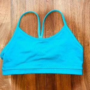 Lululemon Flow Y Bra in Turquoise Size 6